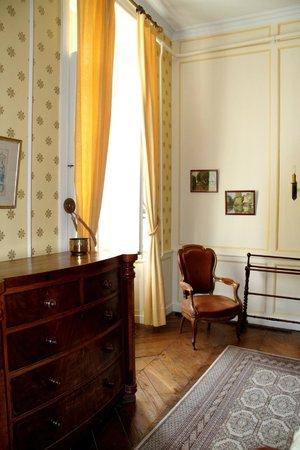 Château du Quengo : chambre jaune