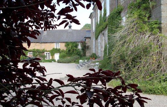 Chateau du Quengo: vue du parc