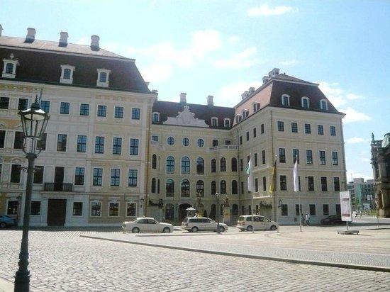 The Hotel Taschenbergpalais Kempinski