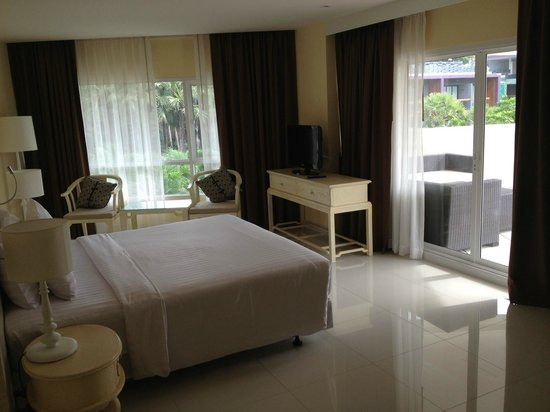 Andaman Embrace Patong: Double Room