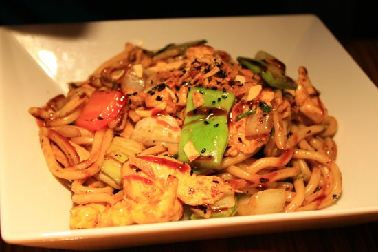 Ginger Asian Flavours : Tokyo chicken noodles