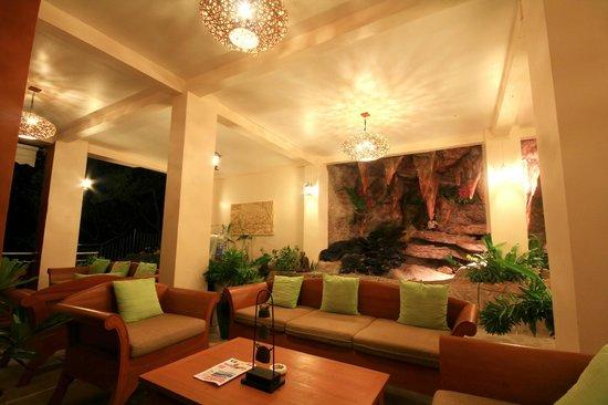 Pinnacle Koh Tao Resort: Reception