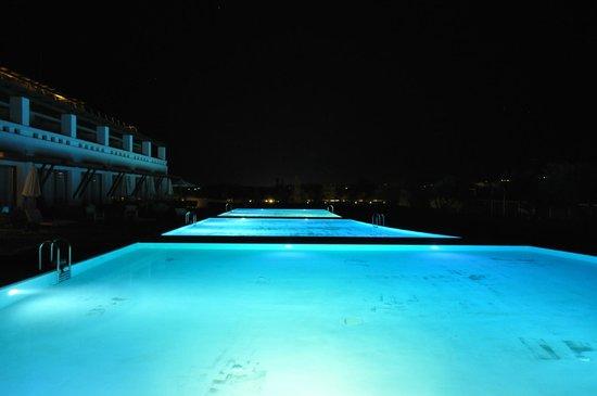 Cavo Spada Luxury Resort & Spa: Номера со стороны теннисного корта на первом этаже с доступом в бассейн одни из самых лучших, по