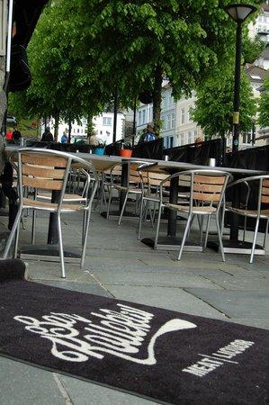 Barkollektiv: Outdoor seating