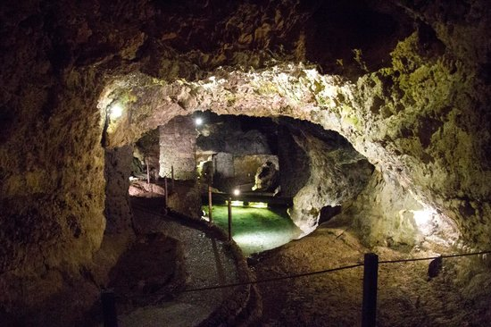 Sao Vicente Caves &  Volcanism Centre: The clear lakes of water in the tunnels