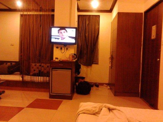 Usha Kiran Palace Hotel & Tower: interior of the room 1