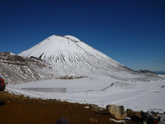 At The Tongariro Riverside B&B: Mt Ngauruhoe - Tongariro Alpine Crossing