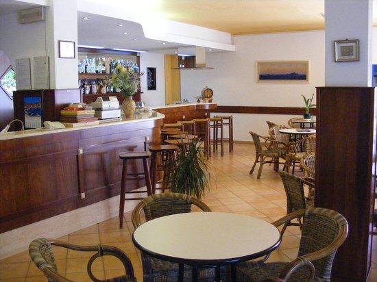 Hotel La Feluca : Bar