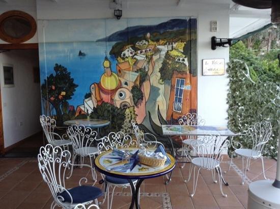 لا ماليوزا دي أرينزو: dining room at la maliosa