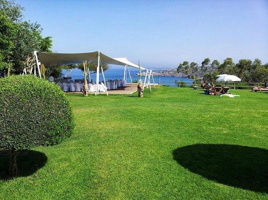 Grecian Park Hotel : gazebo per banchetti