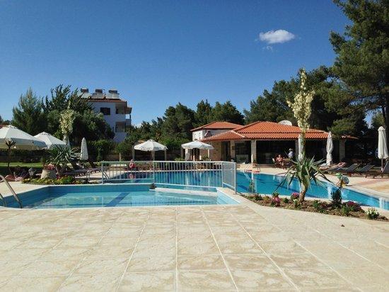 Nostos Hotel: Nostos Pool Area