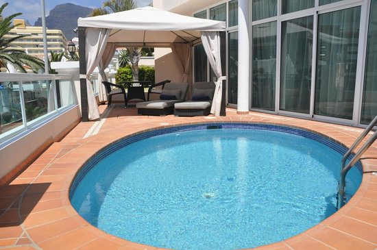 Flamingo Suites: 1 BED SUITE POOL