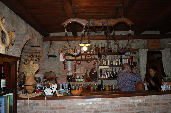 Agriturismo Valle delle Gombe : angolo bar