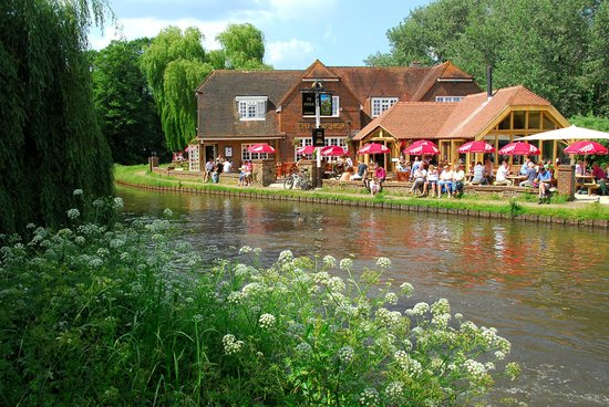 The Anchor, Pyrford Lock