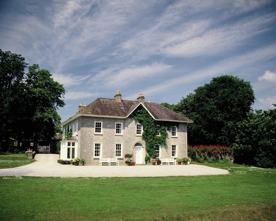 Glenlohane Country House