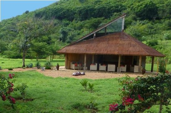 Kasese, Uganda: Rwenzori Sculpture Gallery and coffee bar