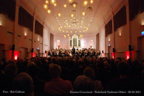 Middelburg, Holland: NSO-orkest in de Zeeuwse Concertzaal te Middeburg