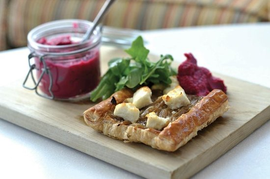 The Living Space: Goat's cheese and red onion tart
