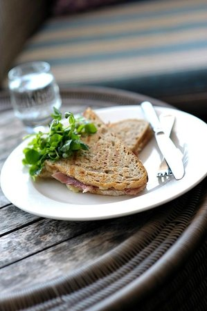 The Living Space: Grilled shepherd's loaf sandwich