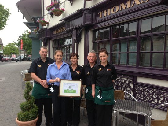 Kildare, Ireland: Silken Thomas Trip Advisor 2013 Certificate of Excellence (Mark, Caroline (manager) Valerie, Rob