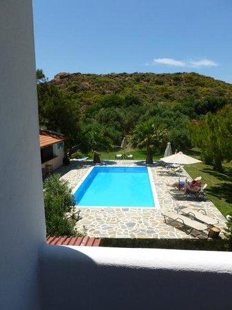 Hotel Irida Plakias: Pool area at Irida