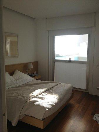 Hotel Neptuno: Suite bedroom