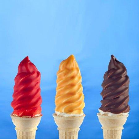 Twistee Treat : Dipped Ice Cream Cones