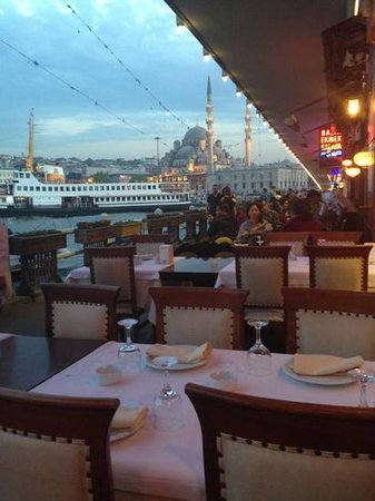 Balik Noktasi : one of the best views in Istanbul at sunset