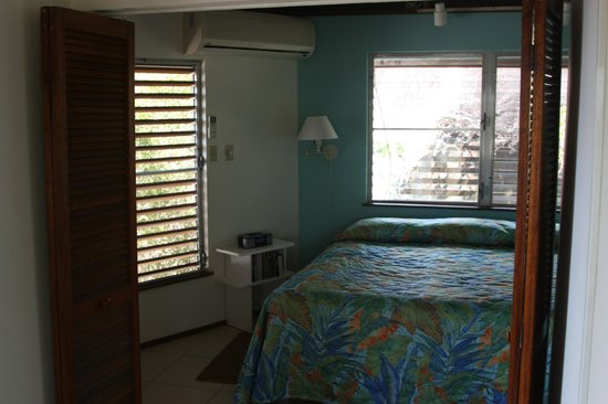 Guavaberry Spring Bay Vacation Homes: Guavaberry Bedroom