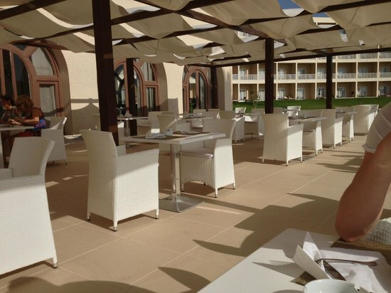Scheherazade Hotel Sousse: Outside restaurant area