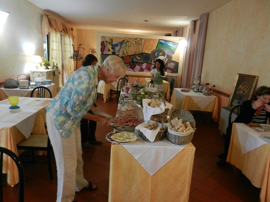 Molino D'Era: Outstanding  breakfast buffet selections