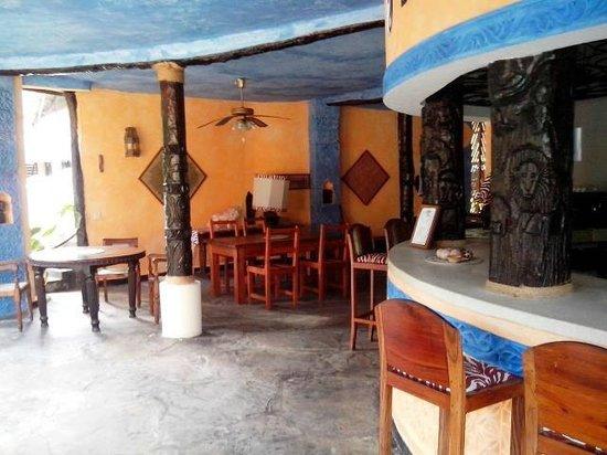 Tamani Jua Tao Resort: Bar
