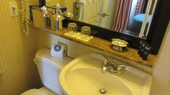 Serrano Hotel: Bathroom