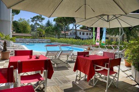 Hotel Friuli : zona relax in piscina