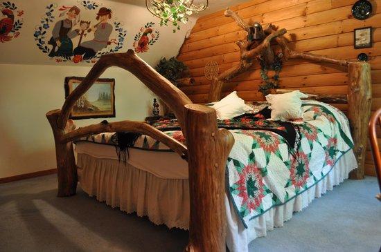 Photo of Log Country Inn B&B Spencer