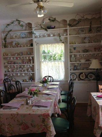 many displays of china picture of lavender n lace tea room lake alfred tripadvisor. Black Bedroom Furniture Sets. Home Design Ideas