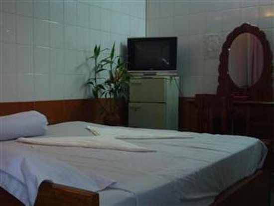 Lux Guest house: Dark Room