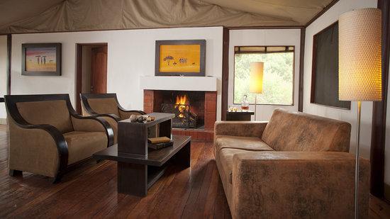 Ngerende Island Lodge: Lounge