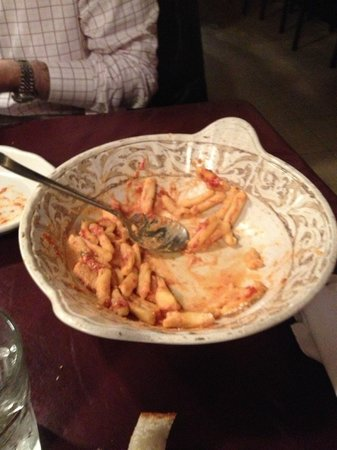 The Belmont Tavern: Pasta wit pot cheese disappearing fast