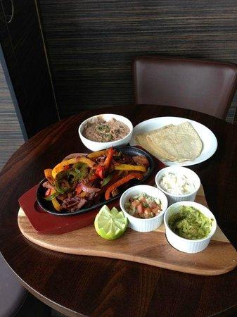 Texicans' Cantina & Grill: Fajitas