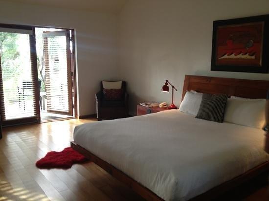 Empire Spa Retreat : Deluxe Balcony Suite 1