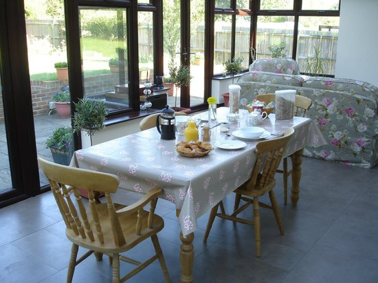 Amarisa Bed & Breakfast: Conservatory Dining Area