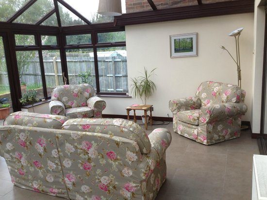 Amarisa Bed & Breakfast: Conservatory Seating Area