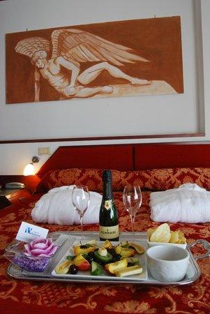 Hotel Bristol: Superior suite con terrazzo attrezzato con vista mare