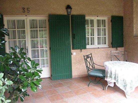 Auberge de Cassagne & Spa: vue extérieure de notre chambre