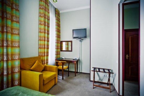 Shelfort Hotel: Single Comfort Room