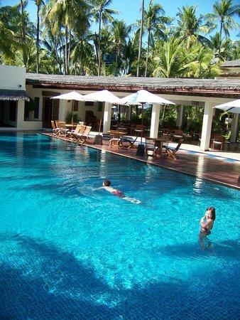 Bayview - The Beach Resort: la piscine