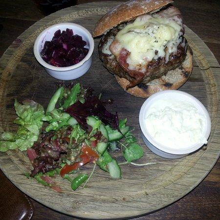 The Ebrington Arms Restaurant: Venison burger