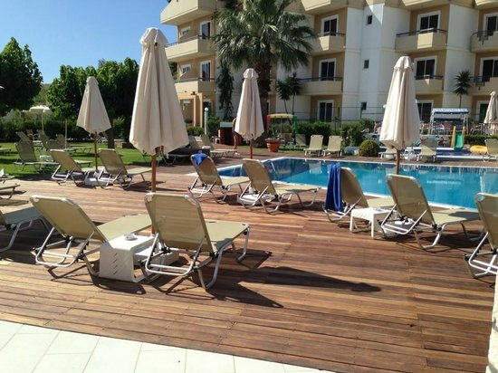 Venezia Resort : New decked area