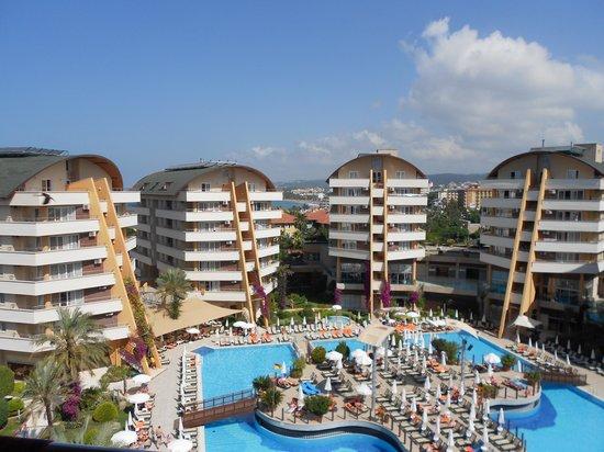 Turkler, Turkey: The Hotel